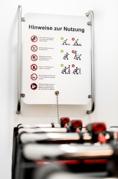 Parkstation (Wandbefestigung) für Patiententransportstuhl SAM